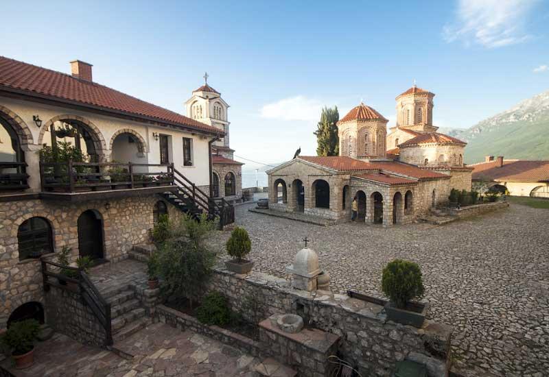 Македония 3