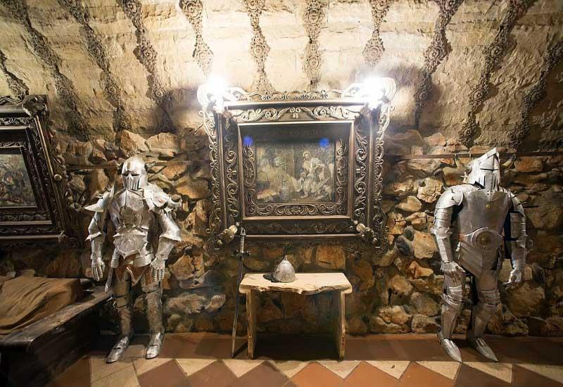 Замок Равадиново 2