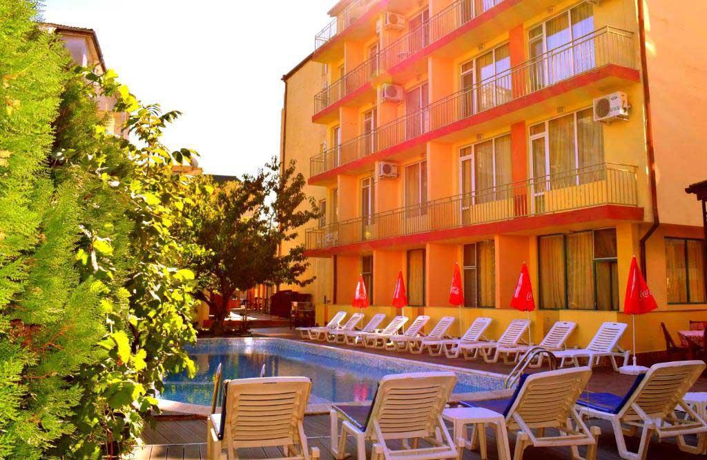 Ryor Hotel 10