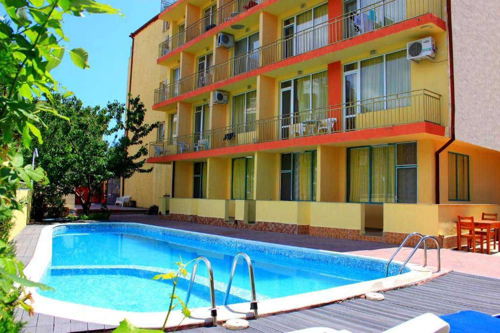 Ryor Hotel 2