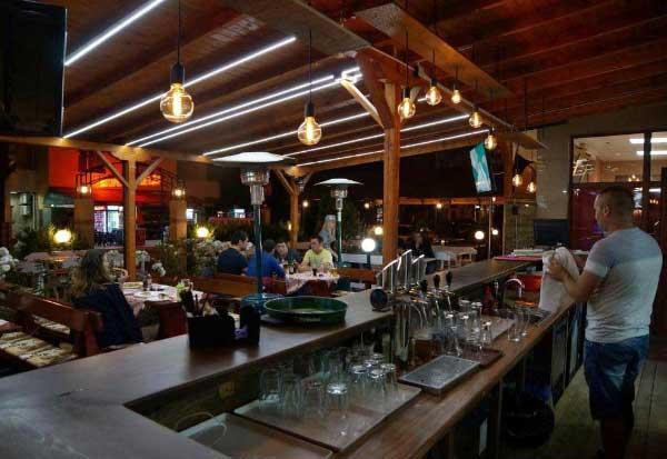 Ryor Hotel bar