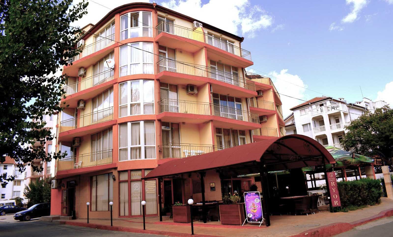 Ryor Hotel