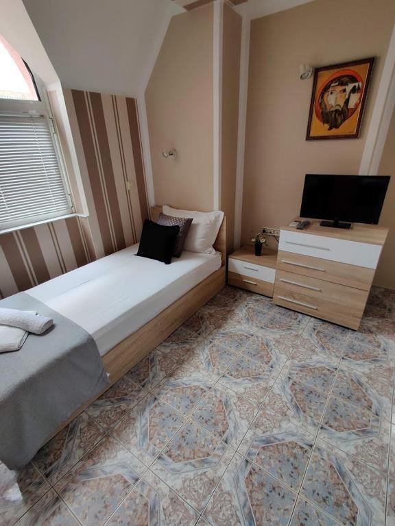 Guest House Rozalia 16