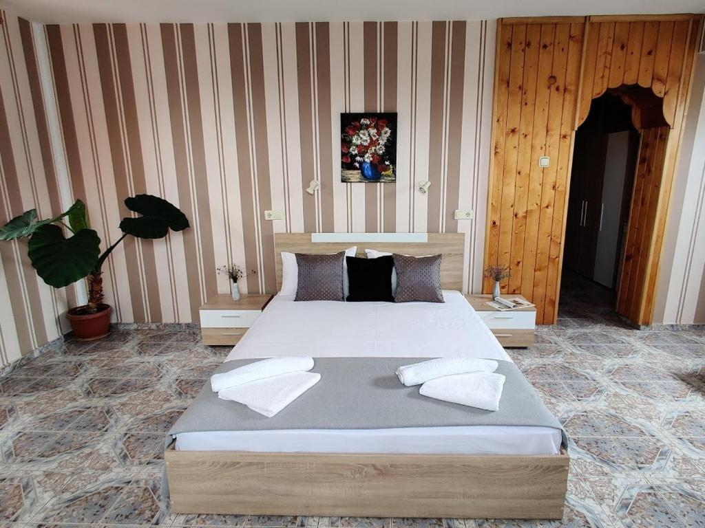 Guest House Rozalia 17