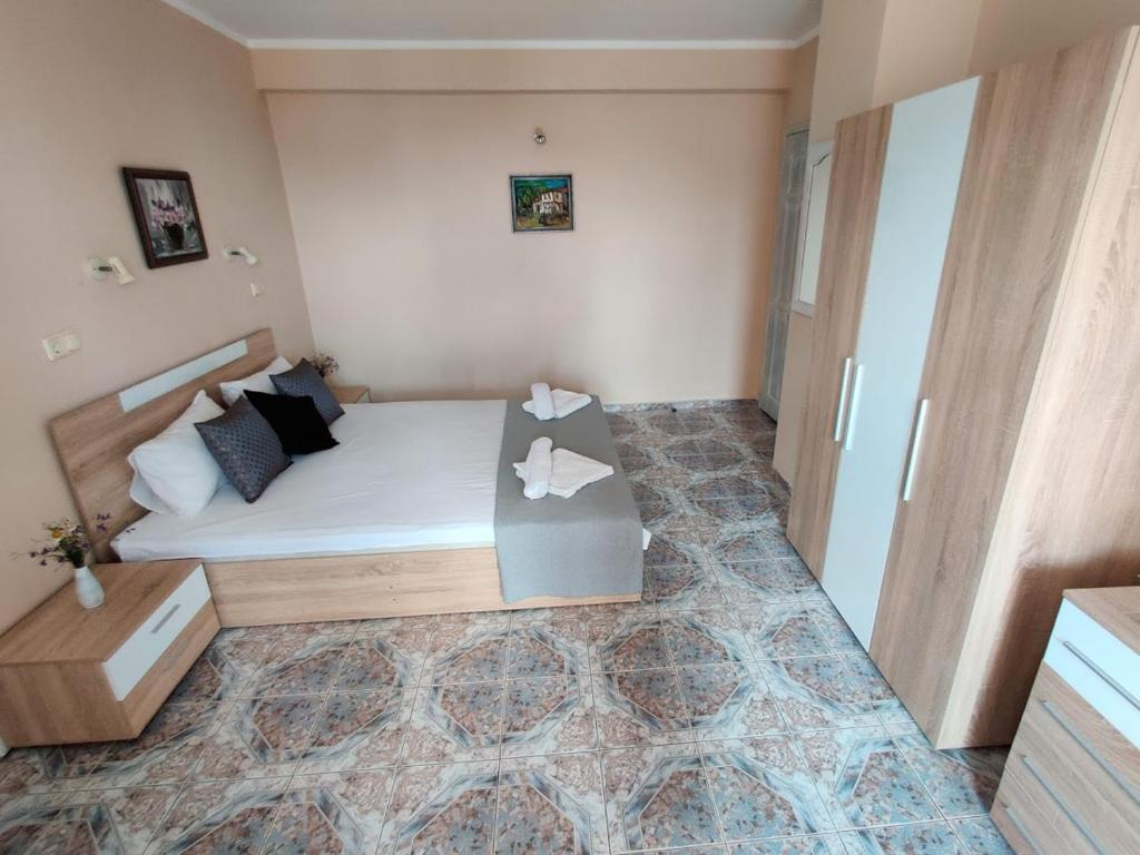 Guest House Rozalia 18