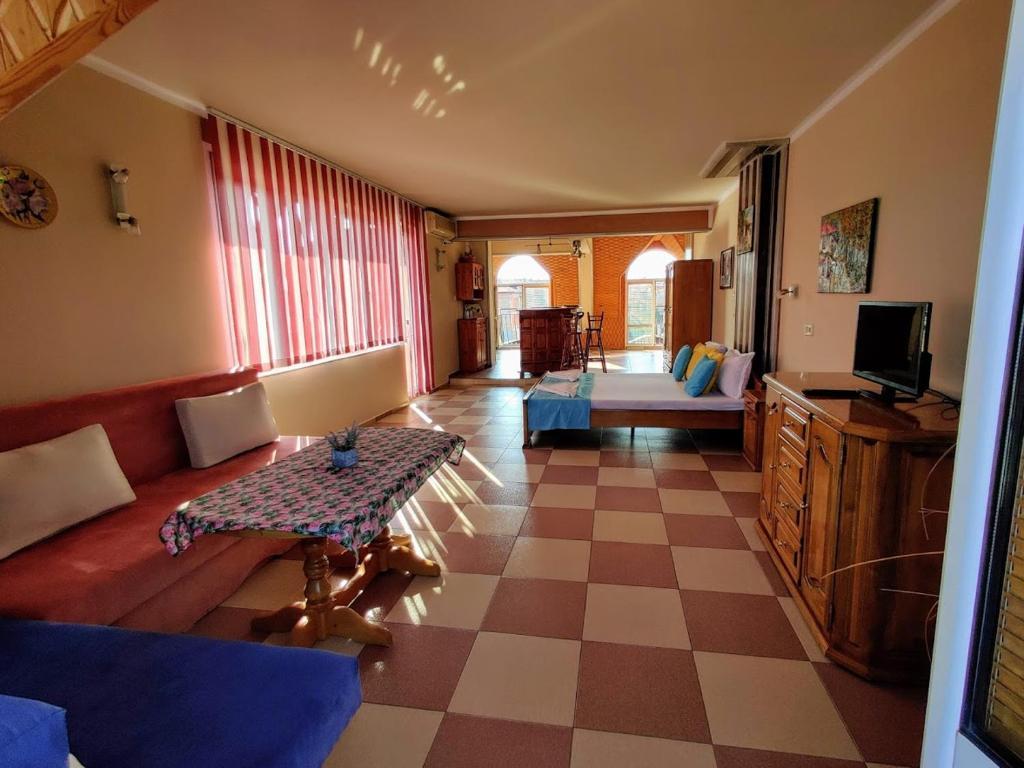 Guest House Rozalia 32