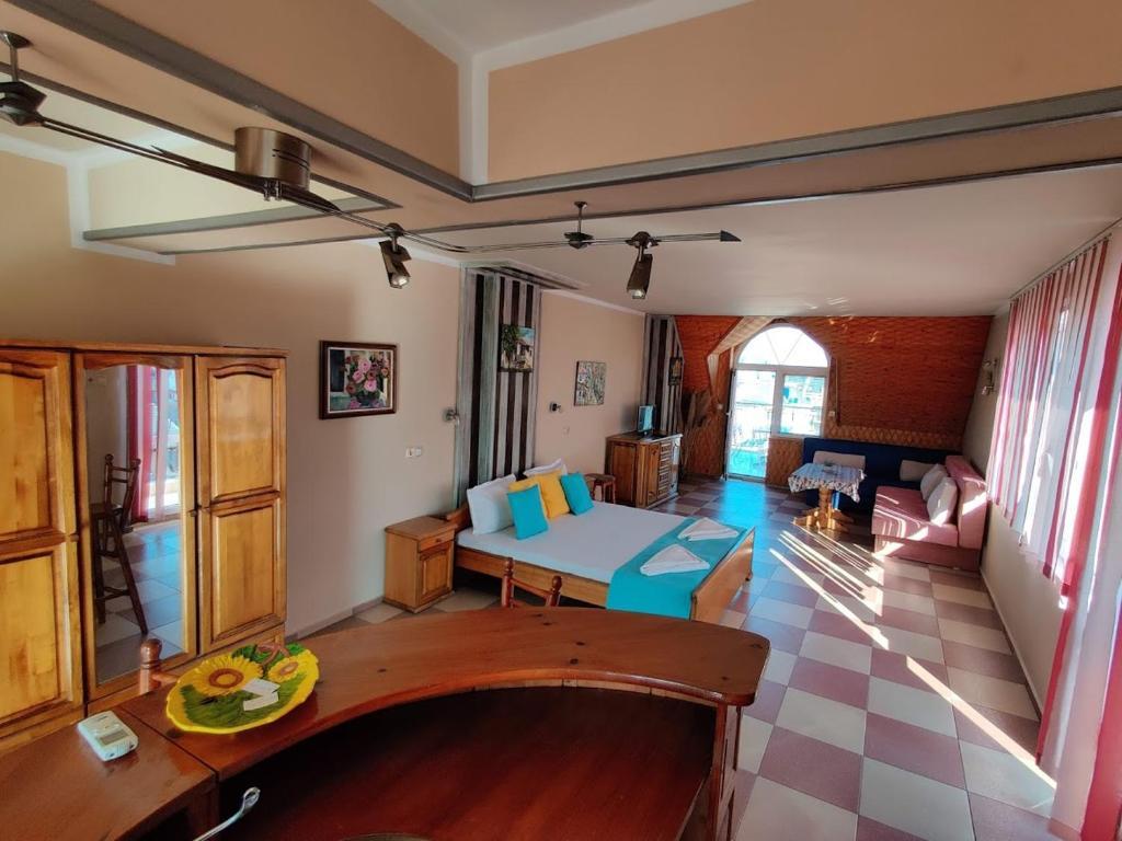 Guest House Rozalia 34