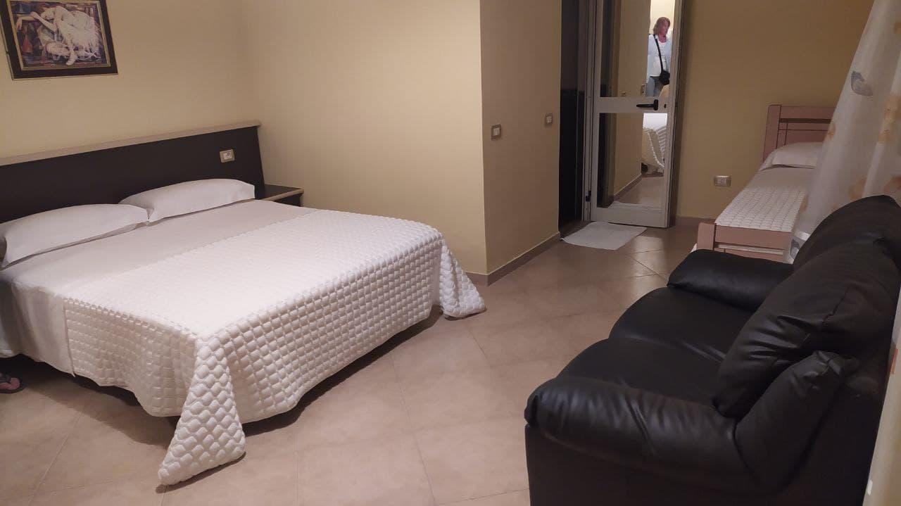Lyden Hotel 2